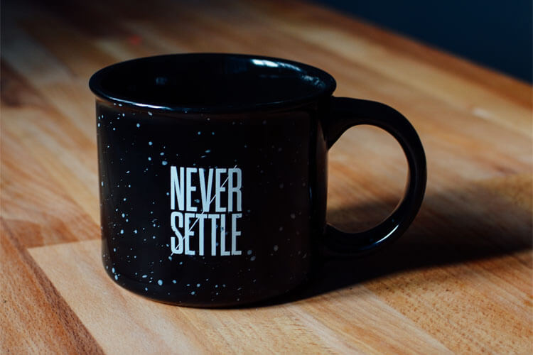 Never Settle coffee mug